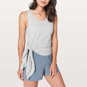 Lululemon To The Point Tank Sz 4 EUC Gray